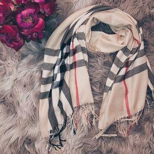 Nova check oversized plaid check scarf